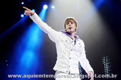 Justin-bieber-faz-show-doente